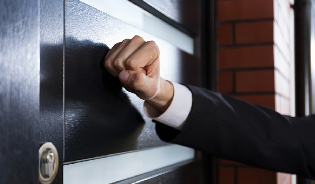 What to do when when a bailiff calls at your home or business